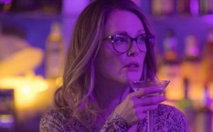 VIDEO | Publican trailer del remake de Gloria protagonizado por Julianne Moore